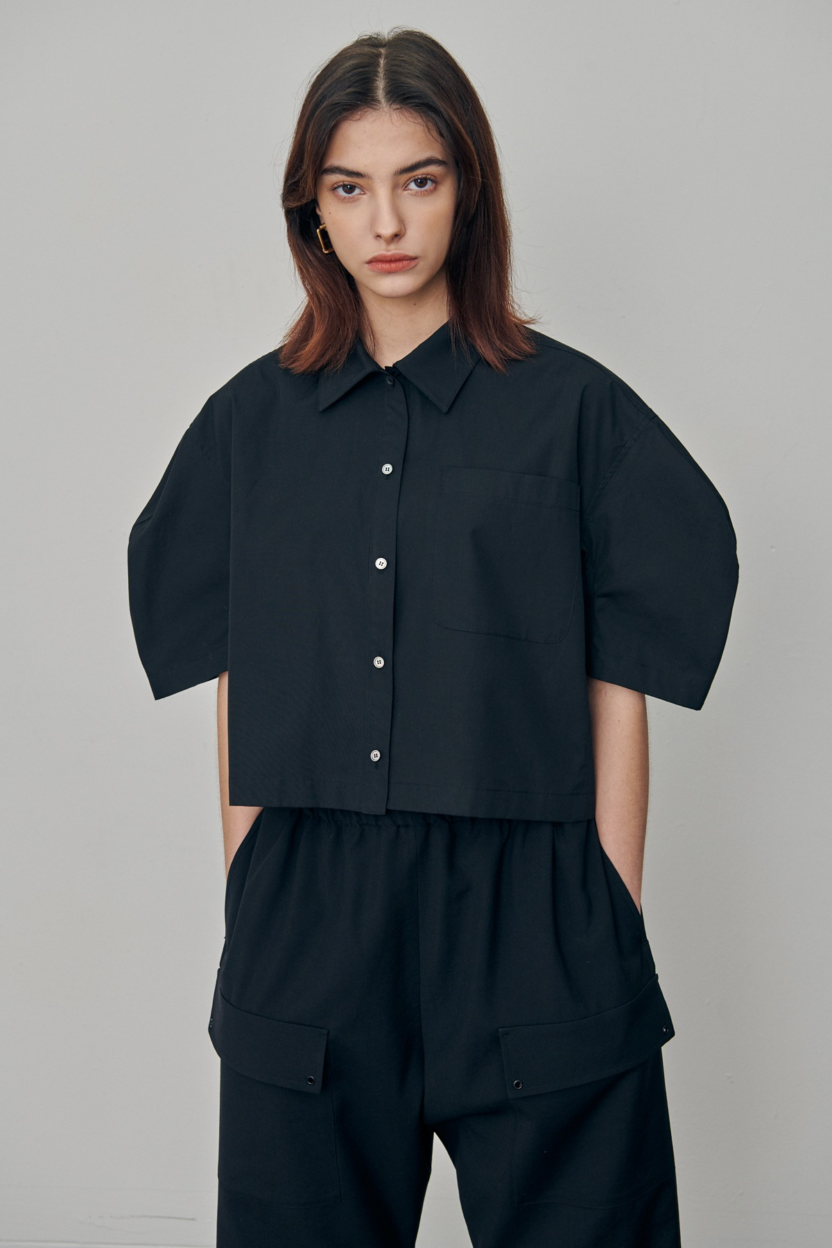 Volumed Sleeves Cotton Cropped Shirts Black